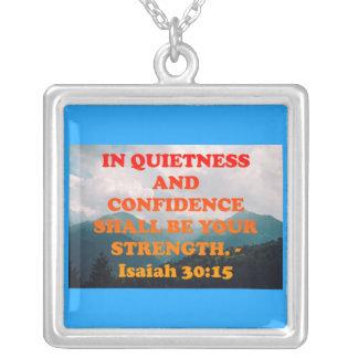 Bibel-Vers von Jesaja-30:15. Versilberte Kette