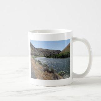 Biegung im Fluss Kaffeetasse