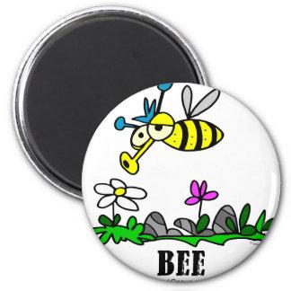 Biene durch Lorenzo Runder Magnet 5,7 Cm