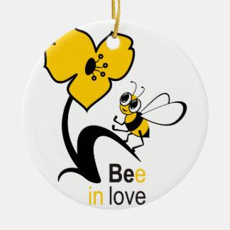 Biene in love2.ai keramik ornament