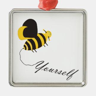 Biene sich quadratisches silberfarbenes ornament