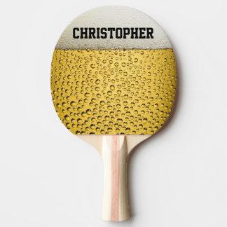 Bier-Glas personifizieren Tischtennis Schläger