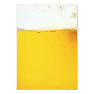 Bier-trinkende Party Einladung