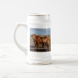 Big_Brown_Highland_Cows_White_Beer_Stein_Mug Bierglas