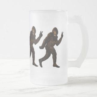 Bigfoot-Friedenszeichen Mattglas Bierglas