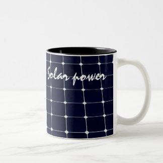 Bild einer SolarPowerplatte lustig Zweifarbige Tasse