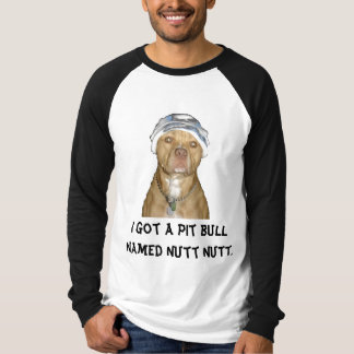 bilden Sie Löcher, ich erhielt eine Pitbull T-Shirt