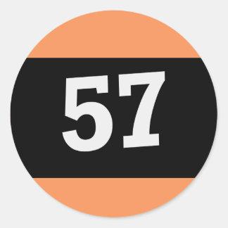 Billardkugel mit der 57 runder aufkleber