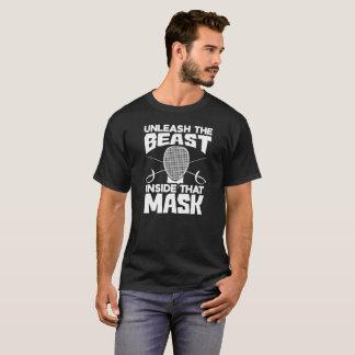 BINDEN SIE DAS TIER-INNERE DIESE MASKE - FECHTEND T-Shirt