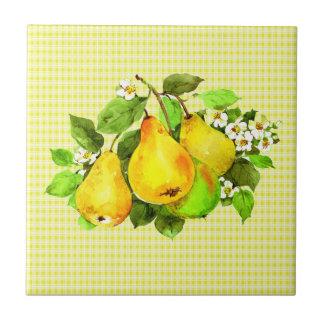 Birnen auf gelbem kariertem keramikfliese