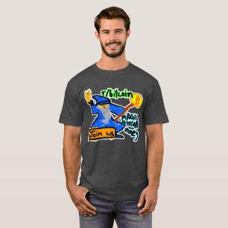 Bitcoin magisches Internet-Geld mit klarem T-Shirt