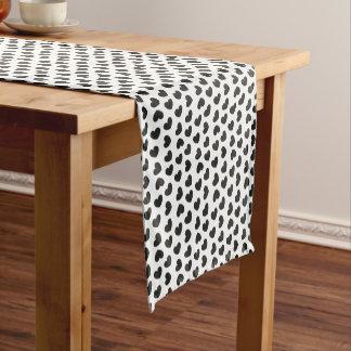 Black&White Herzentwurf Kurzer Tischläufer