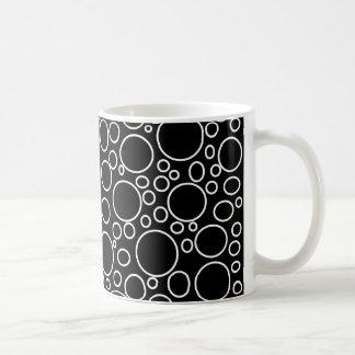 Blasen-schwarze Tasse