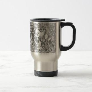 Blasser grauer Schmetterlingsspitzeschädel Kaffeehaferl