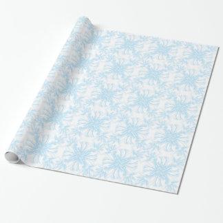 Blasser Himmel-Blau-Damast-Blumenmuster Geschenkpapier