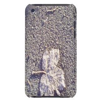 Blatt auf der Straße iPod Case-Mate Case