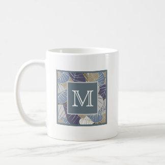 Blatt-Muster-mit Monogramm Initiale Kaffeetasse