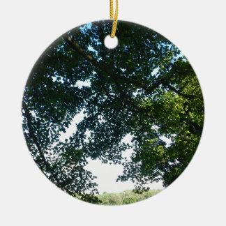 Blätter im Sonnenschein Keramik Ornament