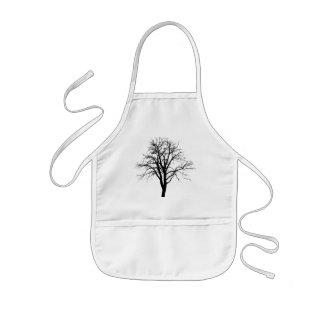 Blattloser Baum in der Winter-Silhouette Kinderschürze
