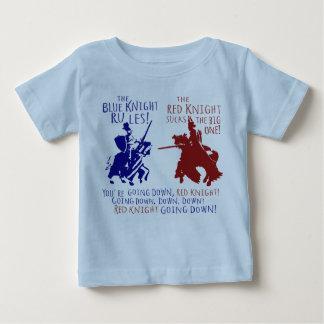 Blau gegen roten Ritter Baby T-shirt