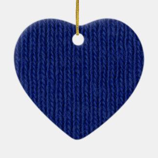 Blau gestricktes Baumwollnahes hohes Keramik Herz-Ornament