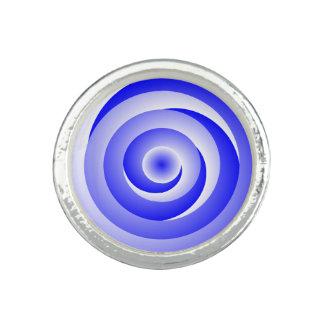 Blau-gewundene Illusion Foto Ringe