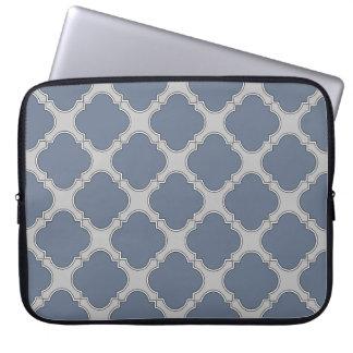 Blau-graues quatrefoil laptopschutzhülle