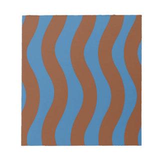 Blau und Brown-Wellen-Streifen Notizblock