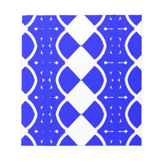 Blau und Weiß spinnt Notizblock