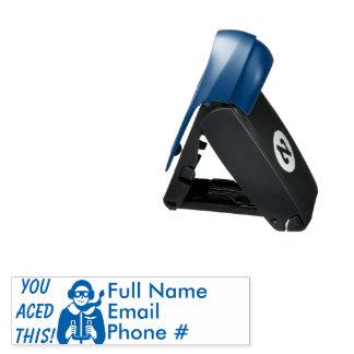 Blaue As-PilotFlyer-Kinder, die Kontakt-Info Taschenstempel