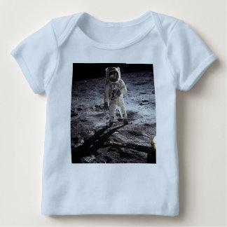 Blaue Astronautenmondausstattung Baby T-Shirt