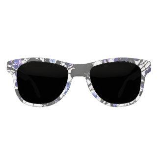 Blaue Blumen auf digitaler Kunst des Sonnenbrille