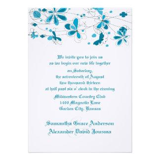 Blaue Blumenschmetterlings-Hochzeits-Einladungen