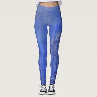 Blaue Farbe abstrakt mit Kratzern und Läufen Leggings