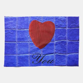 Blaue Fliesen Hintergrund Love you Geschirrtuch
