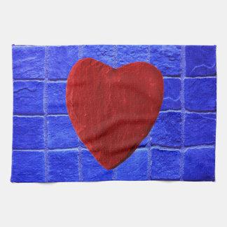 Blaue Fliesen Hintergrund mit Herz Küchentuch