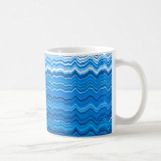Blaue gewellte Linien Muster Kaffeetasse