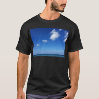 Blaue Himmel in Cozumel T-Shirt