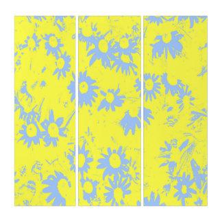 Blaue Kegel-Blumen mit gelbem Hintergrund Triptychon