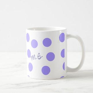Blaue Punkte addieren Initialen oder Namen Kaffeetasse