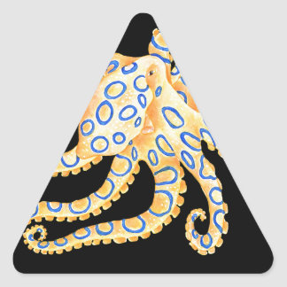 Blaue Ring-Krake auf Schwarzem Dreieckiger Aufkleber