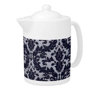 Blaue Samt-Teekanne