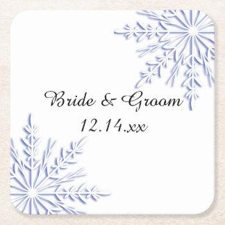 Blaue Schneeflocken auf weißer Winter-Hochzeit Rechteckiger Pappuntersetzer
