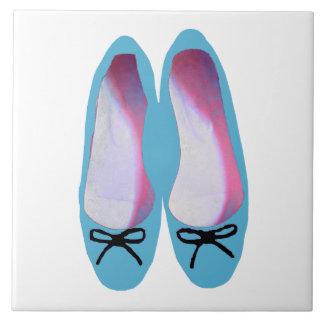 Blaue Schuhe Fliese