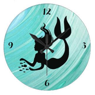 Blaue strukturierte Meerjungfrau-runde Uhr