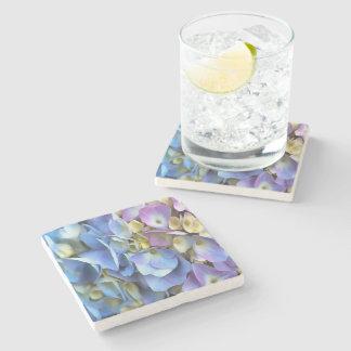 Blaue und rosa Hydrangea-Blumen Steinuntersetzer