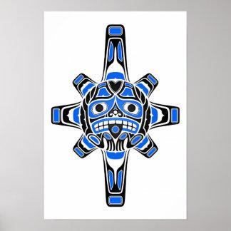 Blaue und schwarze Haidasun-Maske auf Weiß Poster