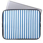 Blaue und weiße Streifen Laptop Sleeve Schutzhüllen
