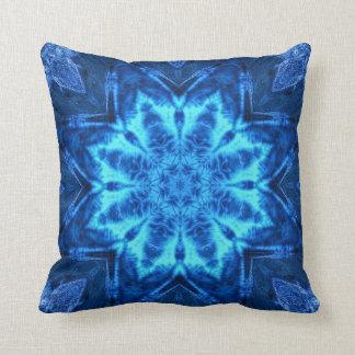 Blauer Batik Kissen