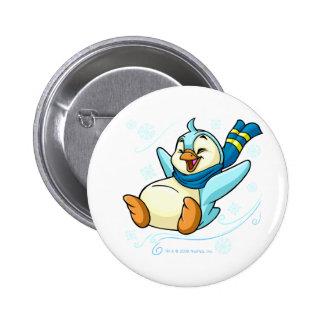 Blauer Bruce, der über Eis schiebt Runder Button 5,7 Cm